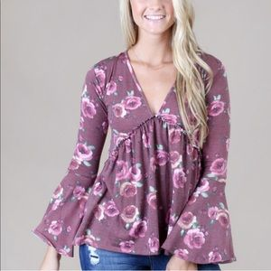 Altar'd state bell sleeve top